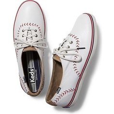 Keds Champion Pennant Leather (245 BRL) ❤ liked on Polyvore featuring shoes, white, baseball shoes, keds, baseball footwear, genuine leather shoes and star shoes