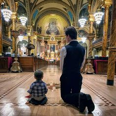 """""""Let us not be afraid to be humble small helpless to prove our love for God. Teresa of Calcutta Catholic Saints, Roman Catholic, Catholic Theology, St John Cantius, True Faith, Cute Baby Pictures, Blessed Mother, Priest, Father And Son"""