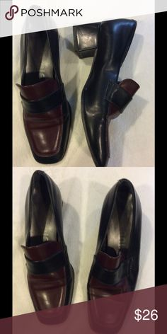 Bicolor Leather Shoes low heel This is a one of a kind pair of shoes. Very comfortable and made in Spain. Shoes Heels