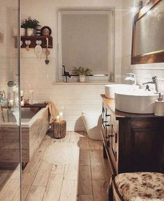 Rustic Bathroom: 55 Ideas and Decorating Designs to Inspire - Home Fashion Trend Cosy Bathroom, Bathroom Sets, Sweet Home, Dream Bathrooms, Bathroom Interior Design, Diy Interior, Bathroom Renovations, Bathroom Inspiration, Home Accessories