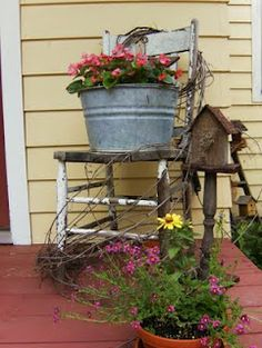 I love old chairs and this one is decorated nicely. Rustic Farmhouse, Ladder Decor, Porch, Terrace, Porches, Porsche, Front Stoop
