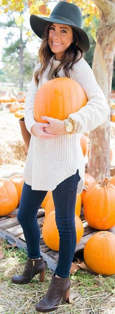 Pumpkin Patch Fall Streetstyle Inspo #Sequins