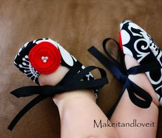 ;] diy baby shoes. - Click image to find more DIY & Crafts Pinterest pins