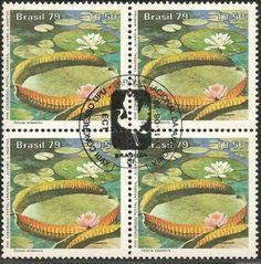 Selo de uma série contendo três selos. Proteção à Natureza - Parque Nacional da Amazônia - Victoria amazonica. XVIII Congresso da UPU. - Brazil