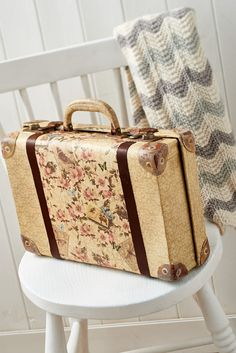 Corinne Bradd shares her decoupaged vintage suitcase in the February 2015 issue of Crafts Beautiful
