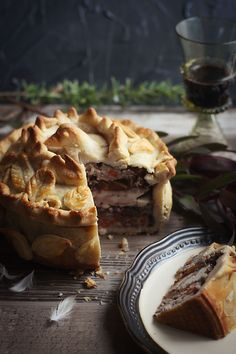 Game of Thrones: Pigeon Pie Pigeon Pie, Pigeon Meat, Game Of Thrones Food, Roasted Onions, Egg Wash, Pie Recipes, Curry Recipes, Delicious Recipes, Dinner Recipes