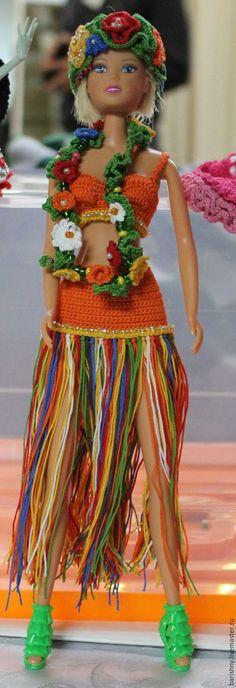 What an inspirational idea! Вязаная одежда для куклы Барби Мисс Гавайи