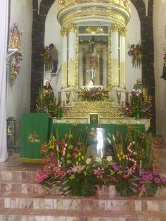 El adornar el altar del santisimo es todo un previlegio