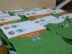 """kubki, smycze, koszulki, dyplomy, teczki, płyty CD, długopisy, notatniki, ulotki - pełna identyfikacja wizualna projektu """"Akademia Wolontaiursza"""" PO KL - projekt i wykonanie www.BlueBrand.pl #BlueBrand #AgencjaReklamowa #reklama"""