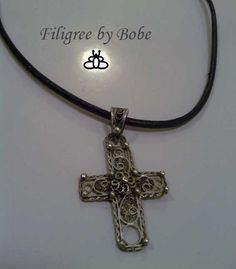 Silver filigree pendant.