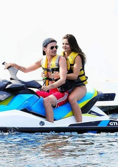 Louis and Danielle went jet skiing while they were in Mexico