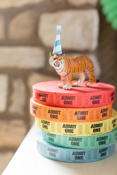 Vintage Circus Birthday Party Ideas! Colorful Tickets add the perfect fun circus touch to your party display! Get free printables, decor, food + treat ideas here: http://www.thetomkatstudio.com/vintage-circus-birthday-party/