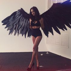 Angel Costumes and DIY Ideas 2017 - - Halloween is synonymous with ghosts and devils. Why not add a little touch of the ethereal with a fun angel costume this year? There are a wide variety of angel costumes available now, with various…. Halloween Inspo, Scary Halloween Costumes, Halloween Looks, Halloween Wings, Funny Halloween, Dark Costumes, Sexy Womens Halloween Costumes, All Black Costumes, Halloween Costume Ideas For Couples