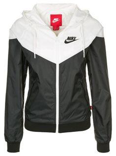 official photos e9f52 728ca 9 meilleures images du tableau Vetement nike   Nike clothes, Sport ...