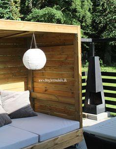 Lav dit eget shelter på hjul - Bettina Holst Blog Backyard For Kids, Porch Swing, Outdoor Furniture, Outdoor Decor, Shelter, Diy And Crafts, Projects To Try, Shed, Blog