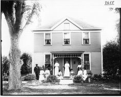 Charles Smoot family in front of house 1908 House Front, Photo And Video, Wikimedia Commons, Digital, House Styles, Siblings, Libraries, World, Miami