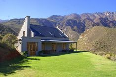 Tierhoek Cottages - Fig Tree House and Cottage in Robertson — Best Price Guaranteed Big Baths, Cottage Wedding, Stone Cottages, Self Catering Cottages, Fig Tree, Private Pool, Mountain View, Weekend Getaways, Architecture Design