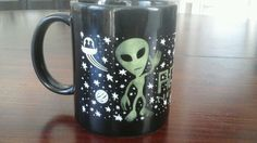 Roswell New Mexico Alien Coffee Mug Cup Ceramic Black, Green & White in Collectibles, Decorative Collectibles, Mugs, Cups   eBay