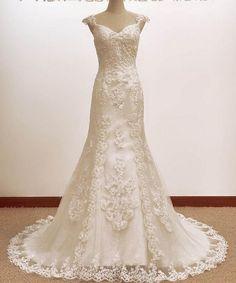 Vintage Trumpet/Mermaid  A LINE Lace Wedding Dress Bridal Gown. $239.00, via Etsy.