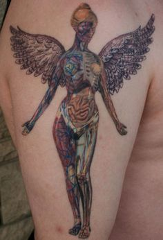 Can we just have a moment in silence for how awesome this tattoo artist is? In Utero // Nirvana