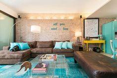 apartamento decorado sala de estar azul e marrom dt estudio