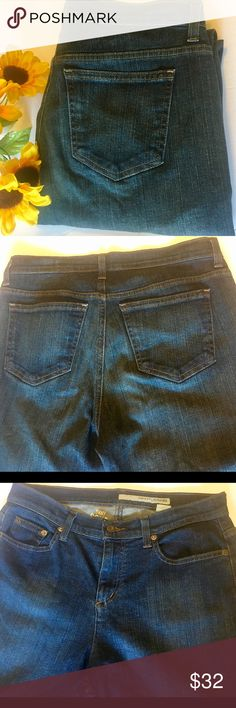 """6R Size 6 / DKNY Blue Jeans / SOHO Jeans Approx:  Waist  32"""" Length 42"""" Cuffs  18""""  Thank you SO much for visiting my Posh Closet.    I will have SO many new exciting things being listed this week!  No matter whether you are looking for dainty minimal designs, leather, elegant, Lacey, Boho, peasant, sportswear, career or shoes ( boots, heels, tennis shoes ). It all will be here in my closet so please check out what else is here.  Offers & bundles ALWAYS welcome! C1 2/7 Dkny Jeans Straight…"""