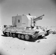A Bishop 25-pdr self-propelled gun in the Western Desert, 25 September 1942.
