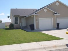 Wonderful Location - 3 Bedroom 2 1/2 Bath Duplex Townhome Built in 2003 - Billings MT Rentals   Great Northwest Location close to Granite Fitness. 3 Bedroom 2 1/2 Bath with Main Floor Washer/Dryer Facilities. Built in 2003 -Brand NEW Carpets Just Installed; Shows like NEW; Beautiful Yard with Backyard Cement Patio. Lawn Mowing is provided by ...   Pets: Not Allowed   Rent: $1140.00   Call Rachel Cox at 406-698-1648