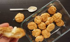 Choux pastry creates delicious fluffy, air balls of cooked dough. Here we dive into how to make them and why it should be done that way. Profiteroles, Eclairs, Choux Pastry, Puff Pastries, Vegetarian Eggs, Ginger Chicken, Food Science, Tray Bakes, Amazing Cakes