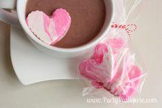 How to make homemade Valentine marshmallows! #ValentinesDay #Valentine