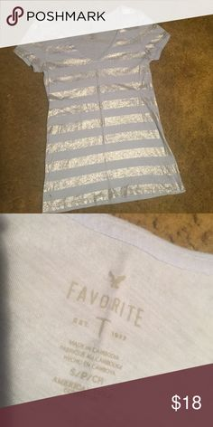 NWOT! American eagle shirt Don't believe it was ever even worn! American Eagle Outfitters Tops Tees - Short Sleeve