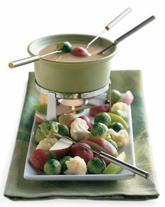 Irish Cheddar and Stout Fondue - I think this could do for a St. Patricks Day Dinner!