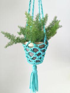 Plant Hanger1