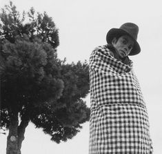 Michael Jackson ♕ King Of Pop ⒶⓇⓉ✪ⓂⓄⓃⓈⓉⒺⓇ Michael Jackson Rare, Old King, Mike Jackson, Rare Images, Popular Culture, American Singers, Thriller, Mj, Apple Head