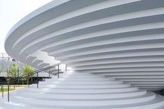 Tenri Station plaza CoFuFun, the first public space design by nendo - 谷德设计网