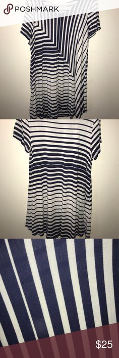 Jessica Simpson Maternity Shirt Perfect for all seasons!! It has Navy blue and white stripes!! Gently used Jessica Simpson Maternity Tops