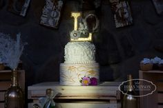 Cake by Carol's Creations- Carol Maxwell Show Low AZ Brian Minson Photography Chere and Mitch were married at the Red Setter Lodge in Greer Arizona June Wedding #RusticWeddings #MollyButlerLodge #MountainWedding