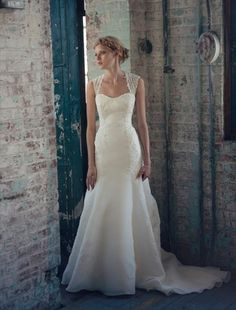 Michelle Roth And Wedding Dresses 97