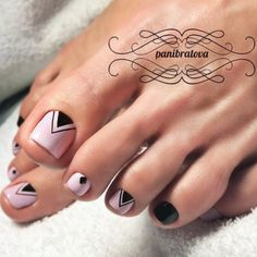 Cool Nail Toe Designs with Geometric Prints picture 2 Pretty Toe Nails, Cute Toe Nails, My Nails, Toe Nail Color, Toe Nail Art, Acrylic Nails, Pedicure Nail Art, Nail Manicure, Nail Polish