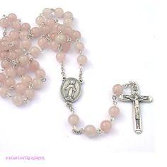 Un rosario de perlas cuesta más que un rosario de madera.