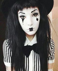 Halloween Art, Halloween Face Makeup, Mime Makeup, Costumes, Costume Ideas, Folk, Scenery, Vogue, Anime