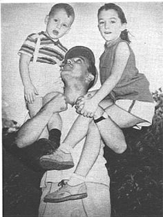Gene Kelly had two children; one daughter and one son.