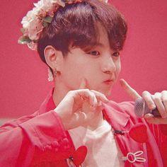 Jungkook pink aesthetic uploaded by bts_feed - Foto Jungkook, Foto Bts, Jungkook Lindo, Suga Rap, Kookie Bts, Jungkook Oppa, Yoongi, Bts Photo, Namjoon