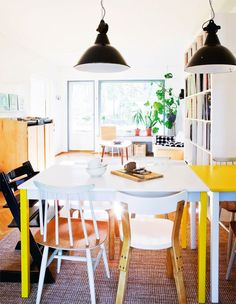 Vintage inspired home - via coco lapine blog