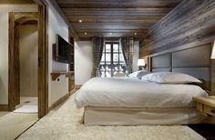 elegantes berghütte design schlafzimmer teppich bett