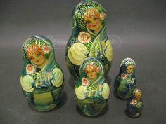 shopgoodwill.com - #26052081 - Handmade Wooden Russian Nesting Dolls 5 Dolls - 12/9/2015 7:04:00 PM