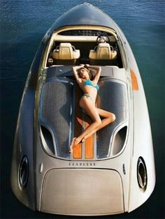 Porsche Fearless Think I need this boat to match my Cayenne! Fast Boats, Speed Boats, Power Boats, Yacht Design, Boat Design, Super Yachts, Yacht Boat, Porsche Design, Motor Yacht