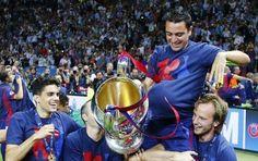 El Barça ya luce la camiseta del triplete con la que celebra la quinta Copa de Europa