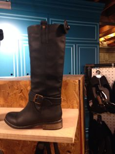 Urban outfitters cute boots