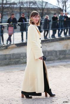 let's catch that from another angle. Anya & that stunning coat. Paris. #AnyaZiourova #ATPB